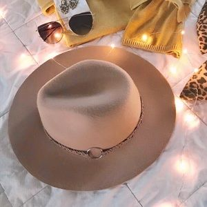 Accessories - Panama Wide Brim Hat Stud Braided Suede Trim, Tan